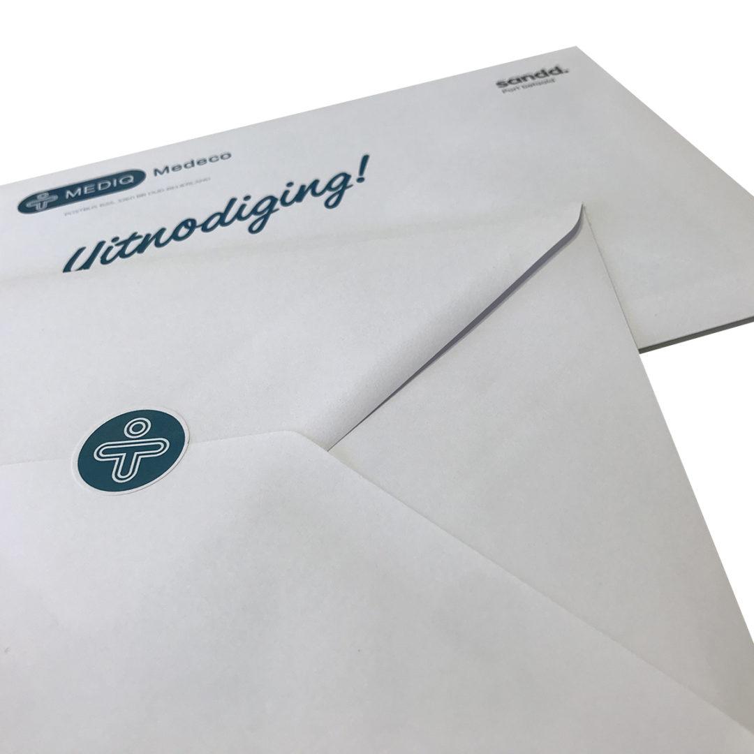 Uitnodiging + envelop + sluitzegel