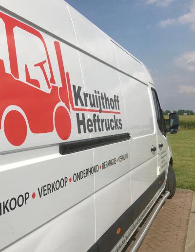 Kruijthoff Heftrucks lange zijde