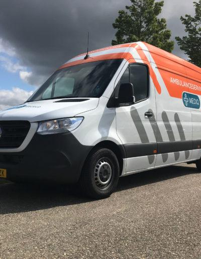 MM-Ambulanceservice-schuinvoor-1200px